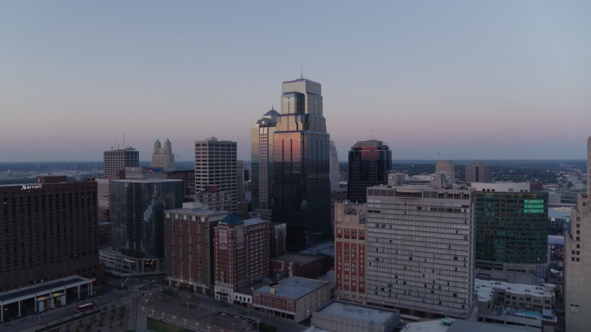 5.7K stock footage aerial video flyby skyscrapers at twilight in Downtown Kansas City, Missouri Aerial Stock Footage | DX0001_001373