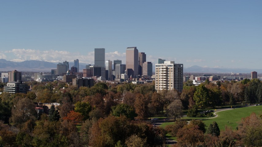 5.7K stock footage aerial video the city's skyline seen during descent to park, Downtown Denver, Colorado Aerial Stock Footage | DX0001_001736