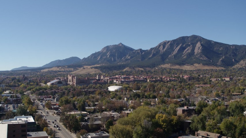 5.7K stock footage aerial video flyby the University of Colorado Boulder during ascent, with Green Mountain in background Aerial Stock Footage | DX0001_001927