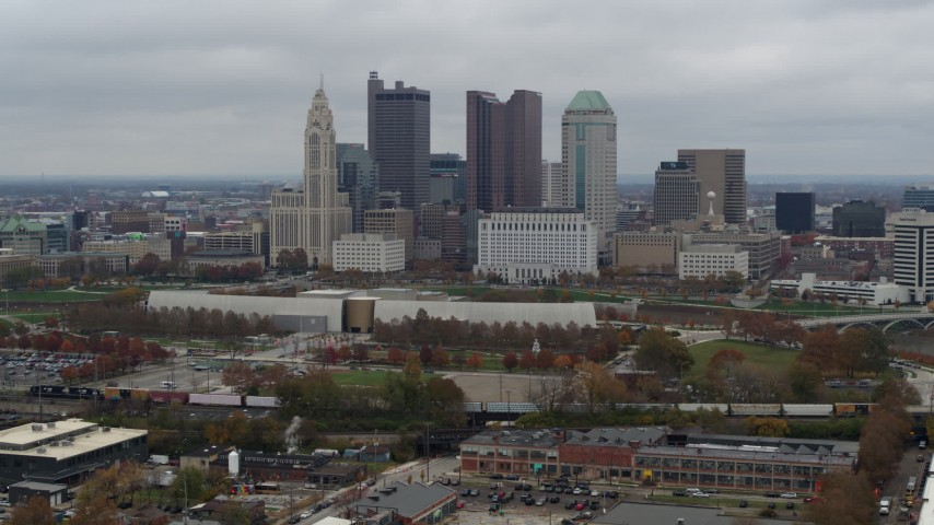 5.7K aerial video ascend for view of skyscrapers in skyline in Downtown Columbus, Ohio Aerial Stock Footage | DX0001_002696