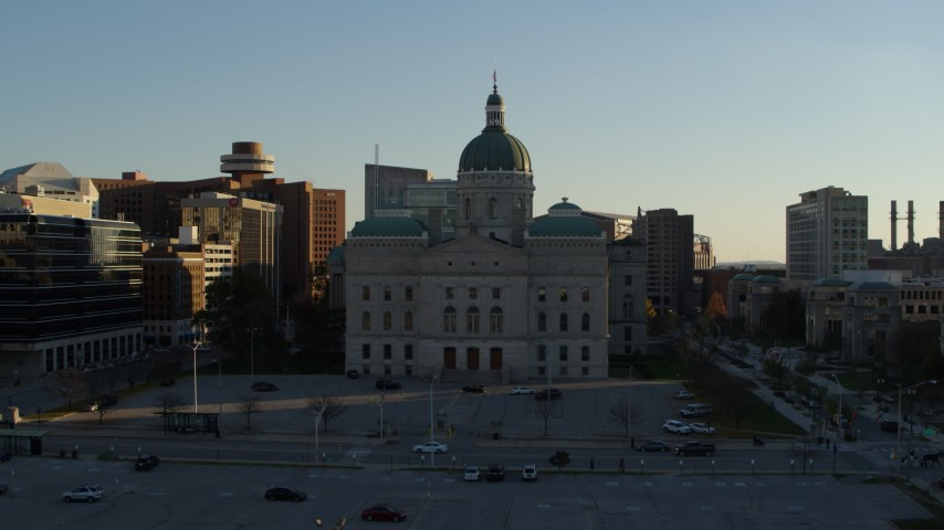 5.7K aerial video flyby and toward the Indiana State House in Downtown Indianapolis, Indiana Aerial Stock Footage | DX0001_002914