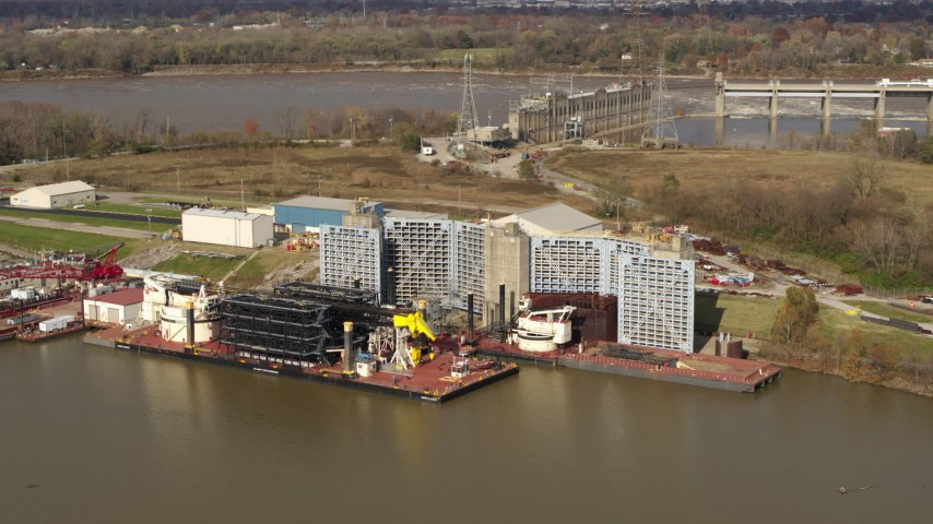 5.7K stock footage aerial video piers on the Ohio River in Louisville, Kentucky Aerial Stock Footage | DX0001_003010