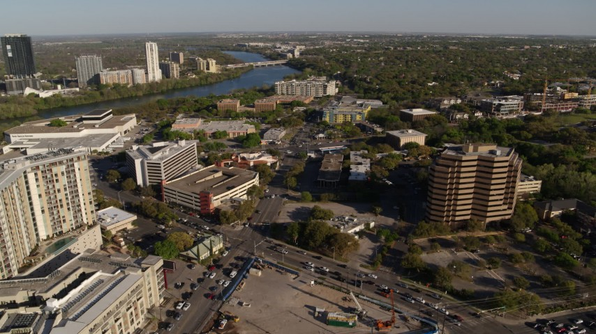 5.7K stock footage aerial video of a busy street intersection between hotel and office complex, Austin, Texas Aerial Stock Footage | DX0002_109_027