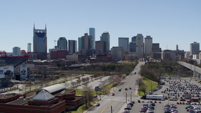 5.7K stock footage aerial video reverse view of the city's skyline near the river during descent in Downtown Nashville, Tennessee Aerial Stock Footage | DX0002_112_005