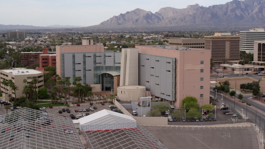 5.7K stock footage aerial video of slowly approaching a district court building in Downtown Tucson, Arizona Aerial Stock Footage | DX0002_145_029