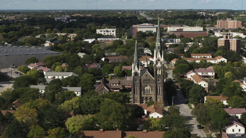 5.7K stock footage aerial video of orbiting a church in Milwaukee, Wisconsin Aerial Stock Footage | DX0002_152_039