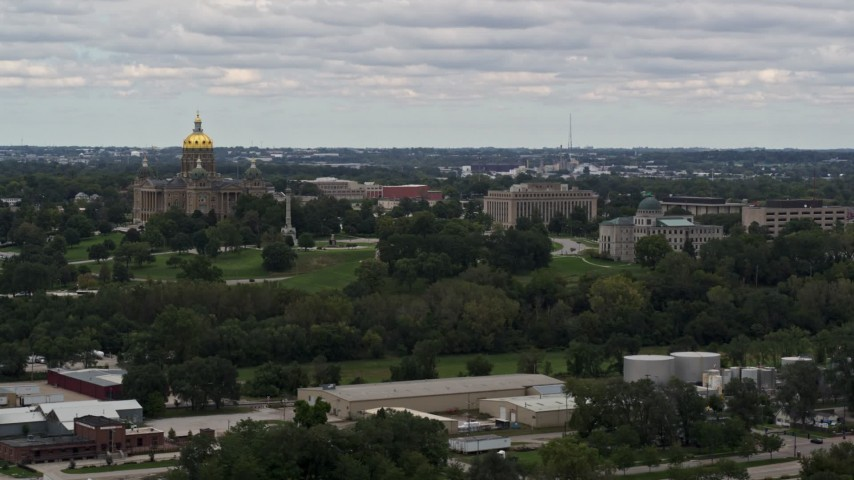 5.7K stock footage aerial video of descending past the Iowa State Capitol and grounds in Des Moines, Iowa Aerial Stock Footage | DX0002_165_038
