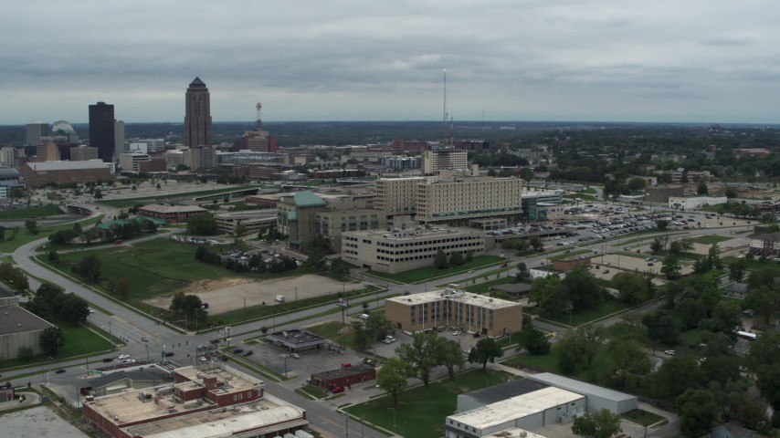 5.7K stock footage aerial video circling a hospital in Des Moines, Iowa Aerial Stock Footage | DX0002_166_046