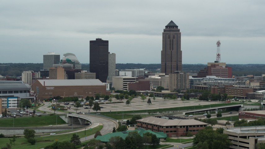 5.7K stock footage aerial video of the city's skyline and skyscraper in Downtown Des Moines, Iowa Aerial Stock Footage | DX0002_167_001