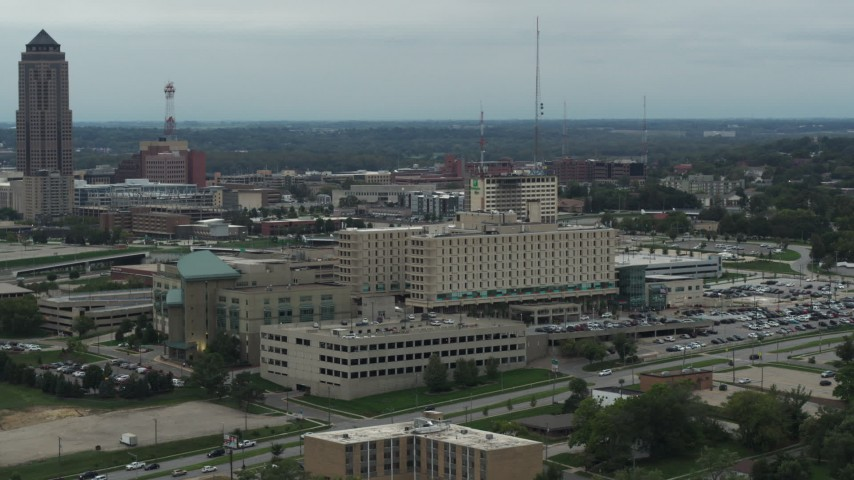 5.7K stock footage aerial video orbit side of a hospital in Des Moines, Iowa Aerial Stock Footage | DX0002_167_008