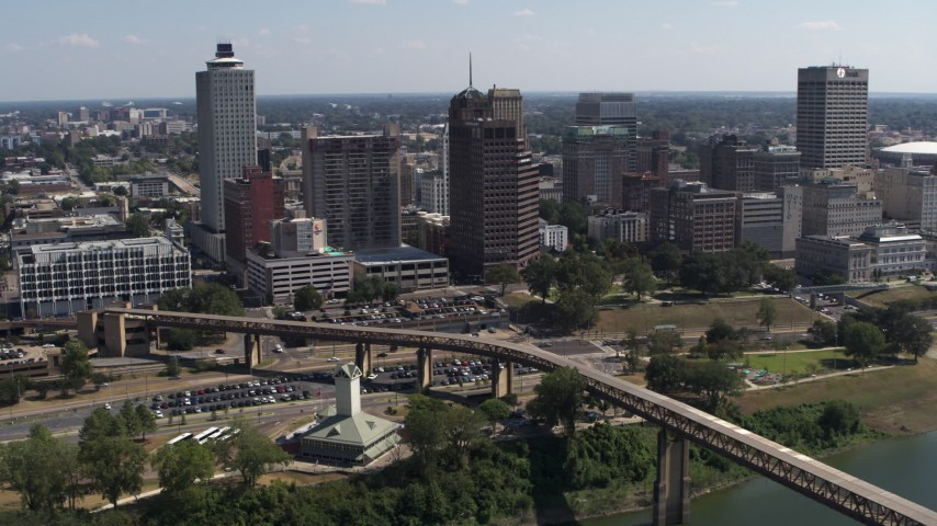 5.7K stock footage aerial video of flying by office towers in the Downtown Memphis, Tennessee skyline Aerial Stock Footage | DX0002_178_007