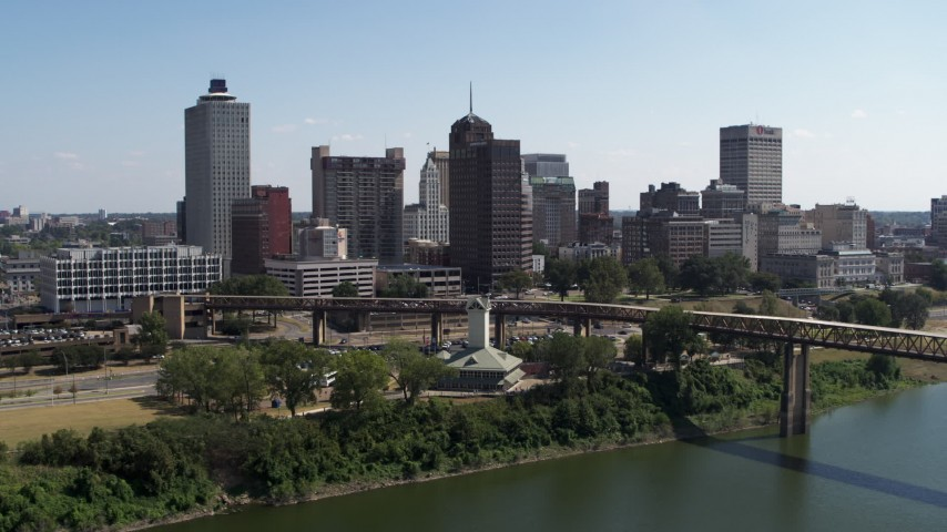 5.7K stock footage aerial video of office towers in the Downtown Memphis, Tennessee skyline seen from river Aerial Stock Footage | DX0002_178_014