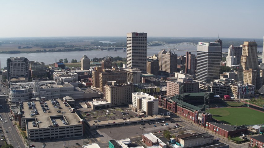 5.7K stock footage aerial video fly away from the One Commerce Square office tower in Downtown Memphis, Tennessee Aerial Stock Footage | DX0002_179_011