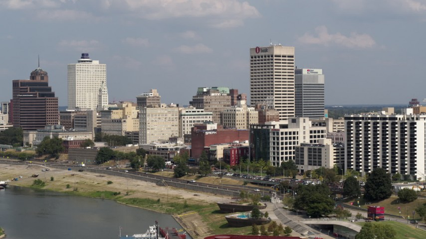5.7K stock footage aerial video of One Commerce Square and city buildings, Downtown Memphis, Tennessee Aerial Stock Footage | DX0002_183_022