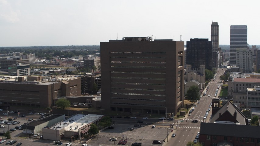 5.7K stock footage aerial video of orbiting the side of the county courthouse in Downtown Memphis, Tennessee Aerial Stock Footage | DX0002_184_007
