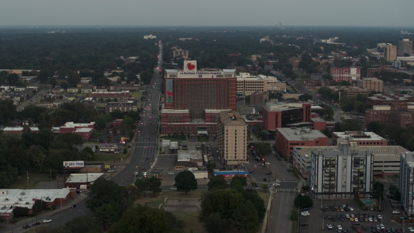 5.7K stock footage aerial video of slowly flying away from a hospital at twilight in Memphis, Tennessee Aerial Stock Footage | DX0002_186_042