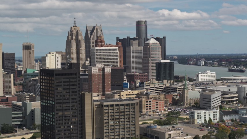 5.7K stock footage aerial video of the tall skyscrapers in the city's skyline, Downtown Detroit, Michigan Aerial Stock Footage | DX0002_189_034
