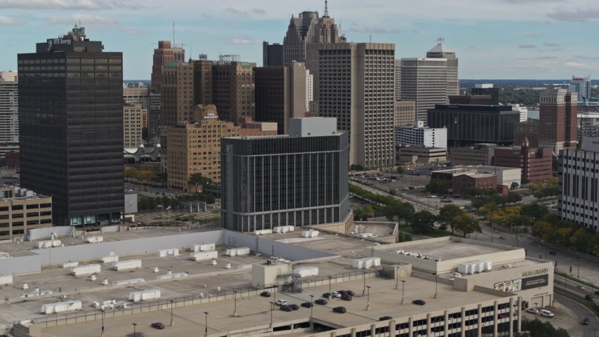 5.7K stock footage aerial video approach and flyby hotel with view of skyscrapers, Downtown Detroit, Michigan Aerial Stock Footage | DX0002_190_004
