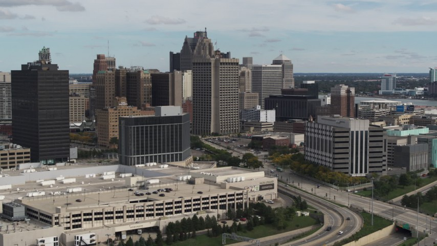 5.7K stock footage aerial video fly away from federal building and hotel, Downtown Detroit, Michigan Aerial Stock Footage | DX0002_190_009