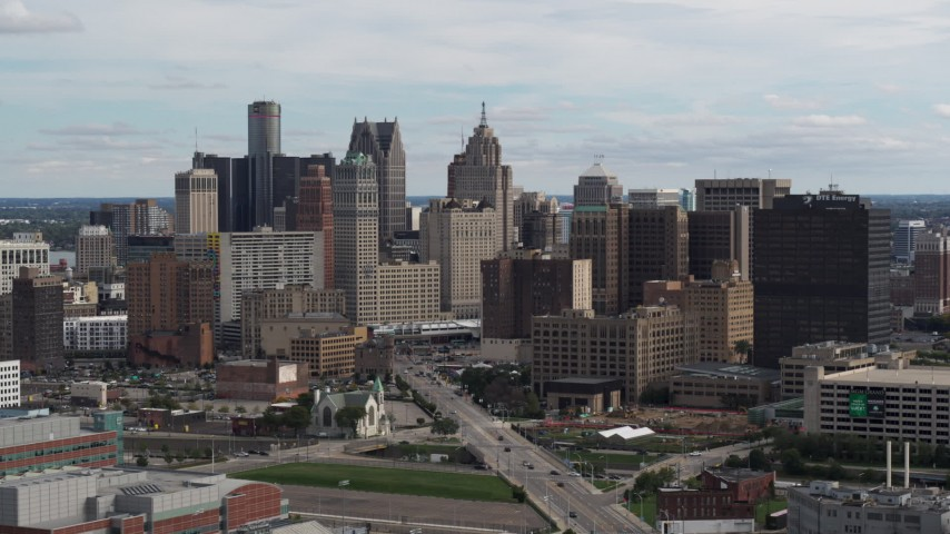 5.7K stock footage aerial video passing by tall skyscrapers in the city's skyline, Downtown Detroit, Michigan Aerial Stock Footage | DX0002_190_030