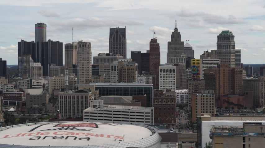 5.7K stock footage aerial video a view of the city's skyline from over arena, Downtown Detroit, Michigan Aerial Stock Footage | DX0002_190_038