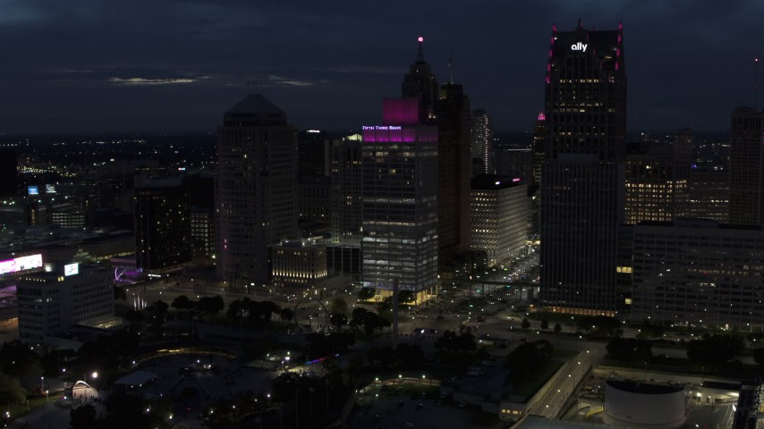 5.7K stock footage aerial video approach One Woodward Avenue skyscraper at twilight, Downtown Detroit, Michigan Aerial Stock Footage | DX0002_193_015