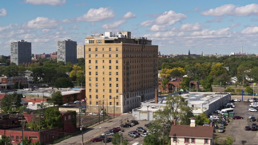 5.7K stock footage aerial video of a stationary view of an apartment complex in Detroit, Michigan Aerial Stock Footage | DX0002_194_012