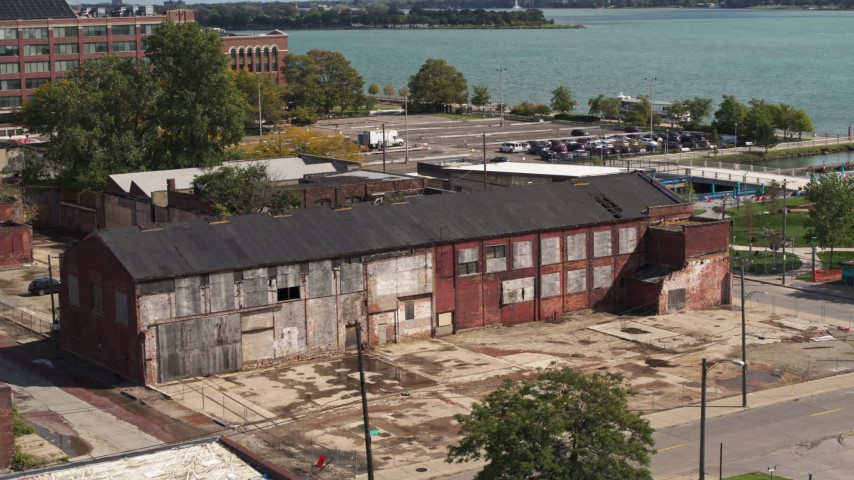 5.7K stock footage aerial video of orbiting an abandoned factory building in Detroit, Michigan Aerial Stock Footage | DX0002_194_017