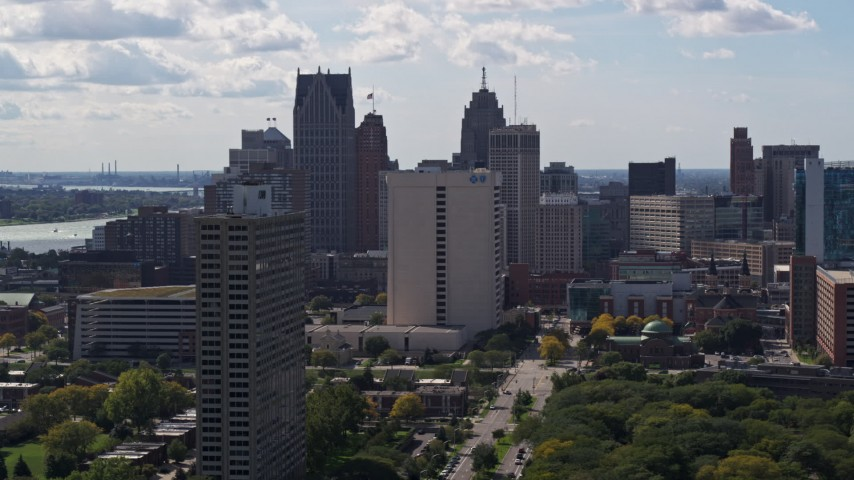 5.7K stock footage aerial video of flying by skyscrapers in the city's skyline in Downtown Detroit, Michigan Aerial Stock Footage | DX0002_194_027