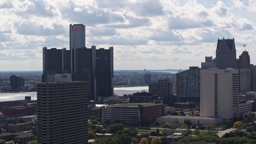 5.7K stock footage aerial video orbit GM Renaissance Center beside the river in Downtown Detroit, Michigan Aerial Stock Footage | DX0002_194_031