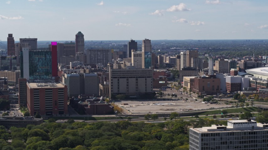 5.7K stock footage aerial video flyby jail and courthouse, reveal hotel and casino Downtown Detroit, Michigan Aerial Stock Footage | DX0002_194_032
