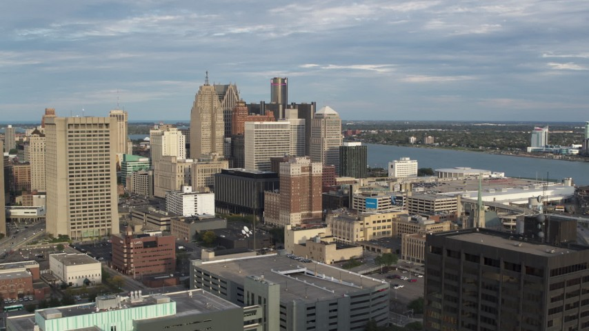 5.7K stock footage aerial video of a stationary view of a group of skyscrapers in Downtown Detroit, Michigan Aerial Stock Footage | DX0002_196_037
