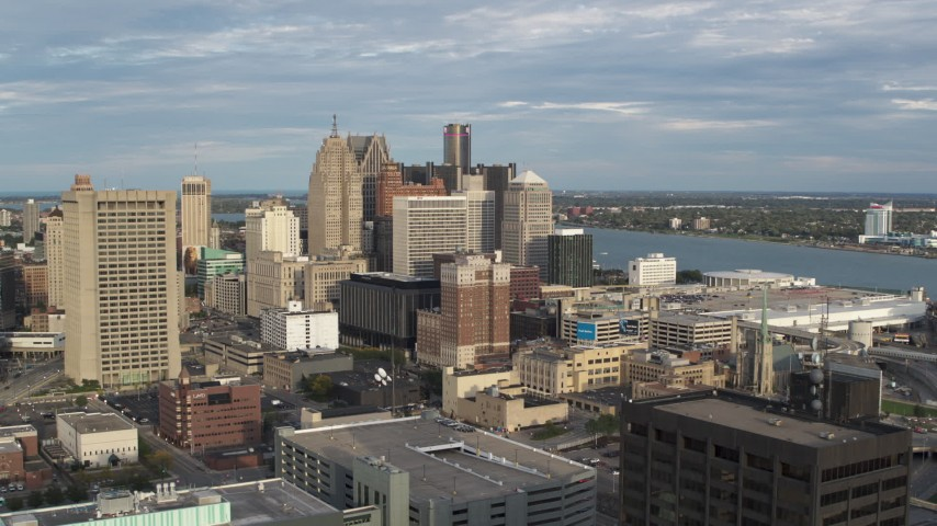 5.7K stock footage aerial video of a slow, wide orbit of a group of skyscrapers in Downtown Detroit, Michigan Aerial Stock Footage | DX0002_196_038