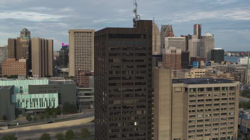5.7K stock footage aerial video of orbiting the Executive Plaza Building in Downtown Detroit, Michigan Aerial Stock Footage | DX0002_196_047