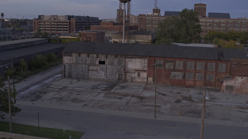 5.7K stock footage aerial video of an abandoned factory building at sunset, Detroit, Michigan Aerial Stock Footage | DX0002_197_010
