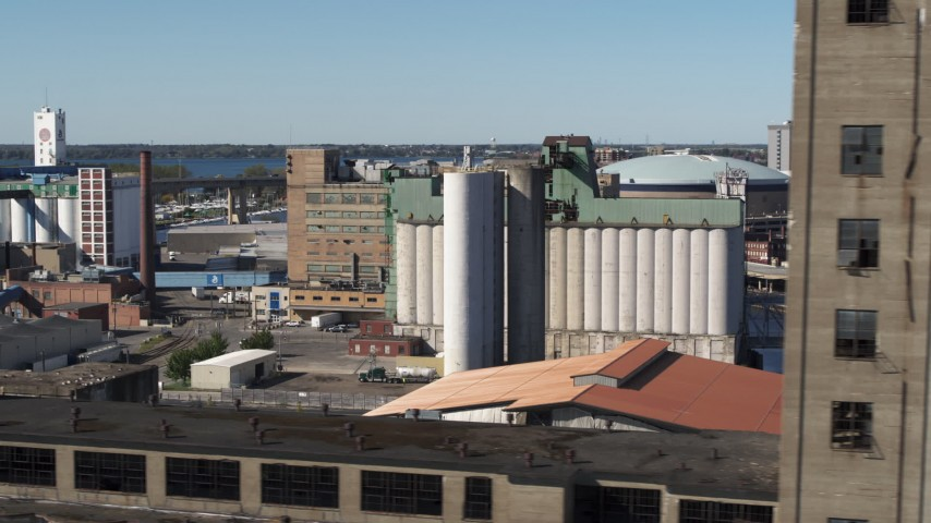 5.7K stock footage aerial video a grain elevator in Buffalo, New York Aerial Stock Footage | DX0002_201_018