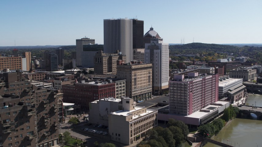 5.7K stock footage aerial video of skyline seen from apartment complex, Downtown Rochester, New York Aerial Stock Footage | DX0002_206_043