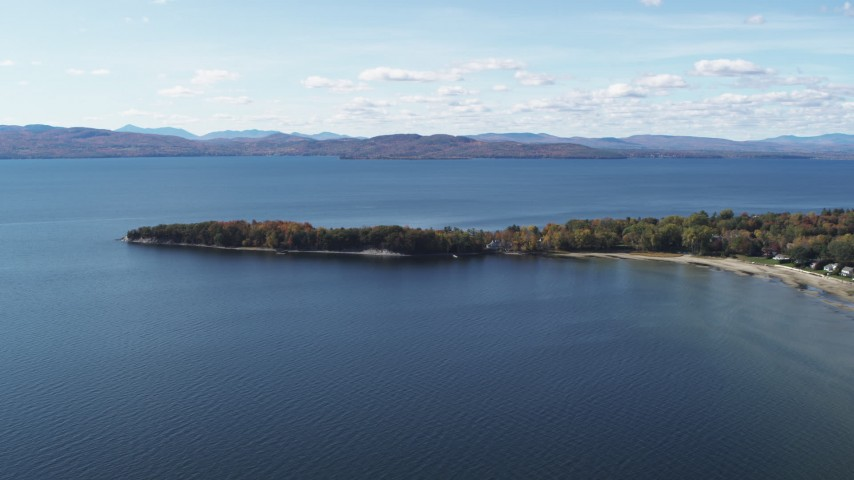 5.7K stock footage aerial video of a few waterfront homes on Appletree Point by Lake Champlain, Burlington, Vermont Aerial Stock Footage | DX0002_223_009