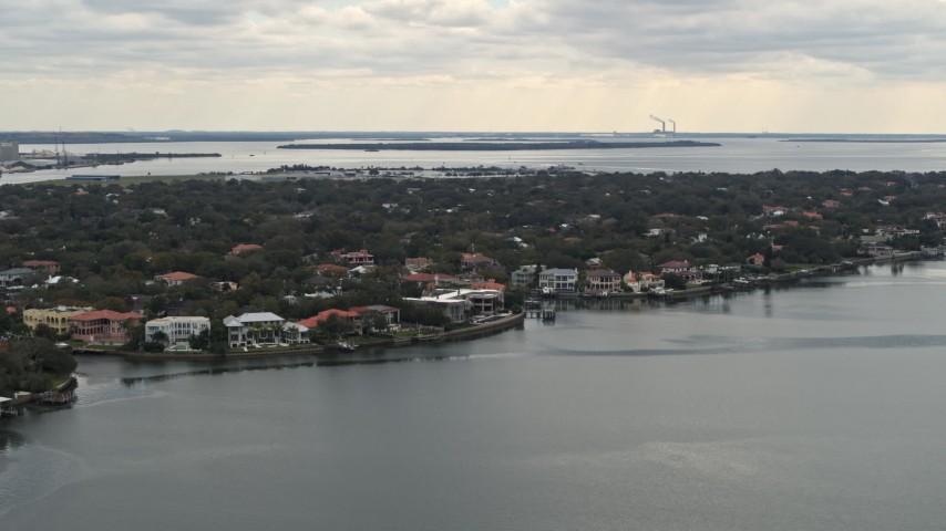 5.7K stock footage aerial video of waterfront mansions in Tampa, Florida Aerial Stock Footage | DX0003_230_014