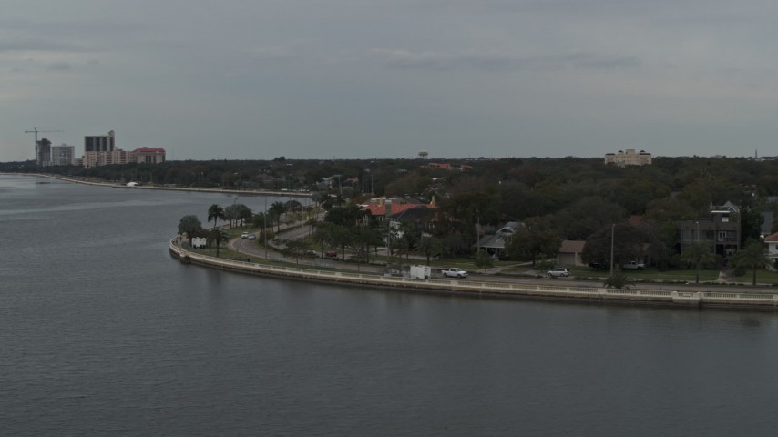 5.7K stock footage aerial video of waterfront homes and city streets in Tampa, Florida Aerial Stock Footage | DX0003_230_018