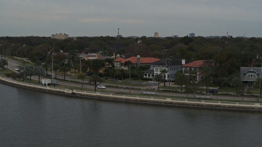 5.7K stock footage aerial video of waterfront homes and Bayshore Blvd in Tampa, Florida Aerial Stock Footage | DX0003_230_019