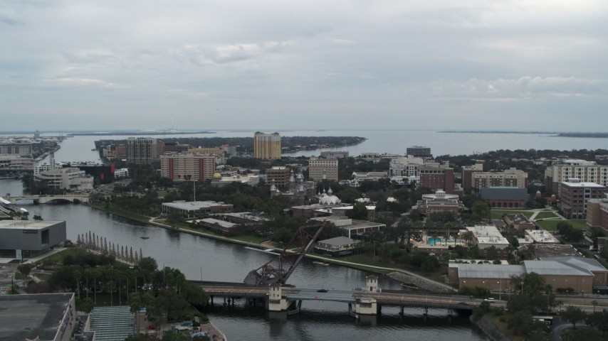 5.7K stock footage aerial video approaching the University of Tampa campus from the river, Florida Aerial Stock Footage | DX0003_231_025
