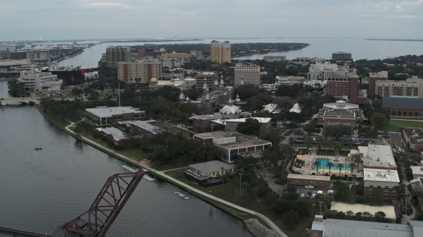 5.7K stock footage aerial video ascend away from the University of Tampa campus and river, Florida Aerial Stock Footage | DX0003_231_026
