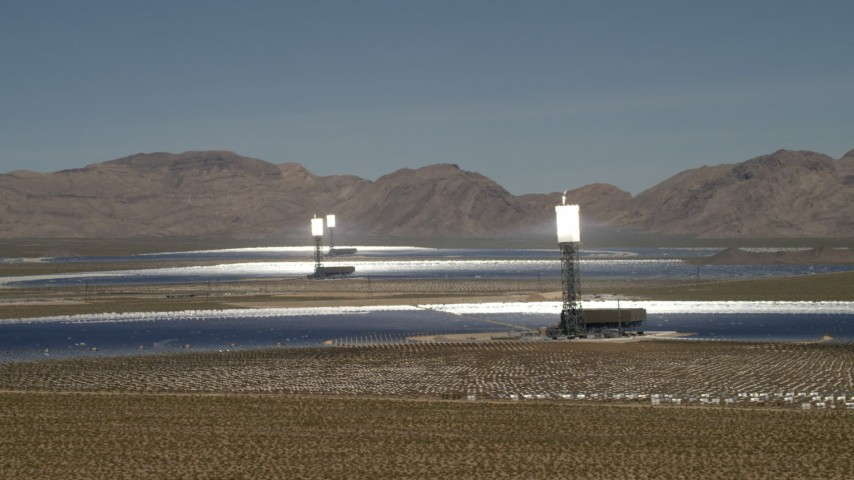Flyby the towers and mirrors of the Ivanpah Solar Electric Generating System in California Aerial Stock Footage | FG0001_000182