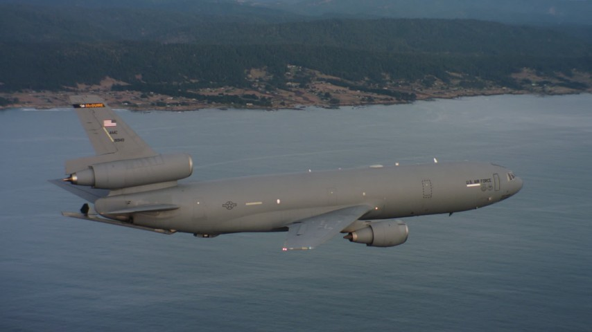 4K stock footage aerial video of a McDonnell Douglas KC-10 flying near the coast in Northern California Aerial Stock Footage | WAAF03_C046_0118XN