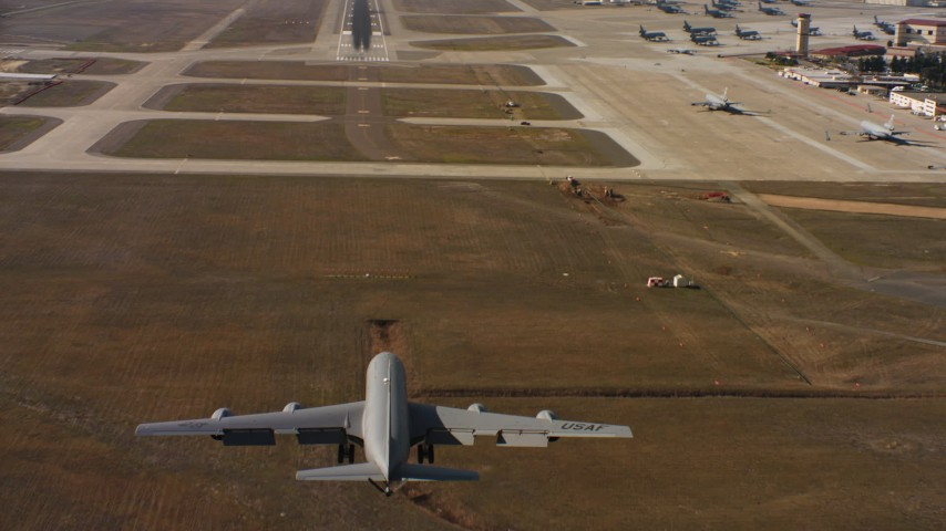 4K stock footage aerial video of a Boeing KC-135 landing at Travis Air Force Base, California Aerial Stock Footage | WAAF04_C098_011802