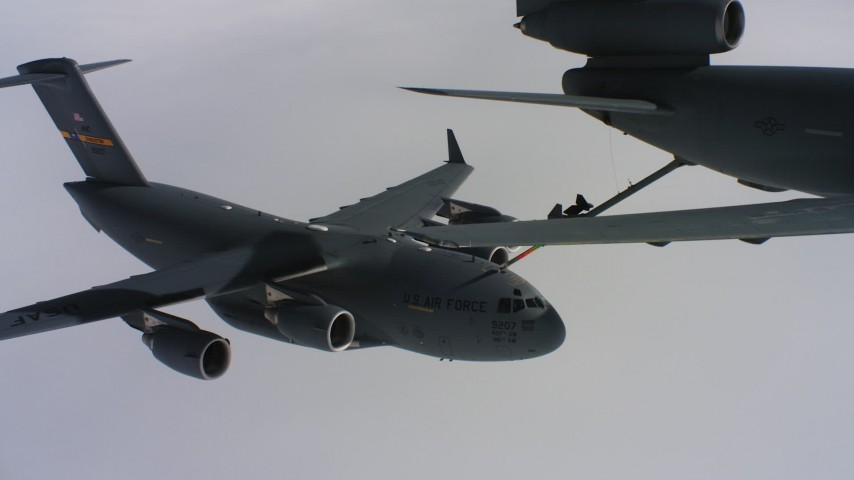 4K aerial stock footage video a McDonnell Douglas KC-10 fueling a Boeing C-17 over Northern California Aerial Stock Footage | WAAF07_C049_0119K9