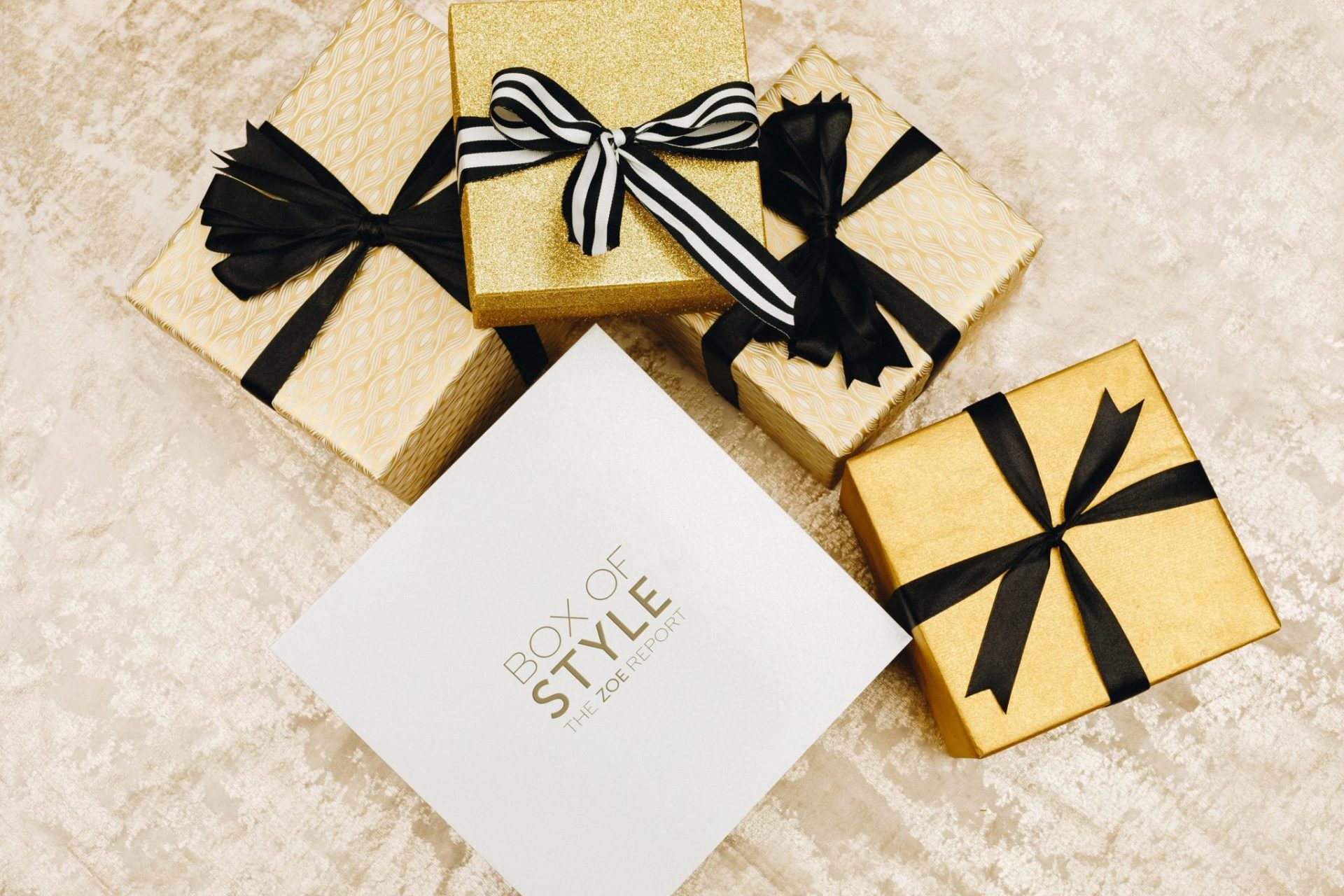 Box of Styleis a seasonal subscription box curated by The Zoe Report, the online style destination from stylist, designer and editor Rachel Zoe.