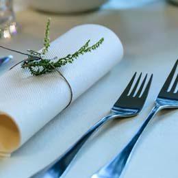 Tischdecken & Servietten