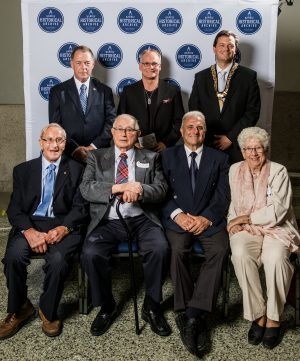 2016-09-21-downtown-former-city-mayors-pose-with-scott-jackson-back-centre-at-the-mayors-seat-reception-at-city-hall